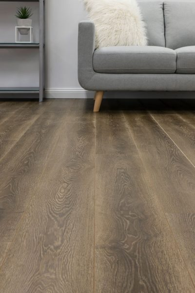 2781210 Reflections Laminate Merino room